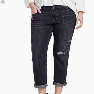 NWT Lucky Brand Embroidered Reese BF Jeans 18W